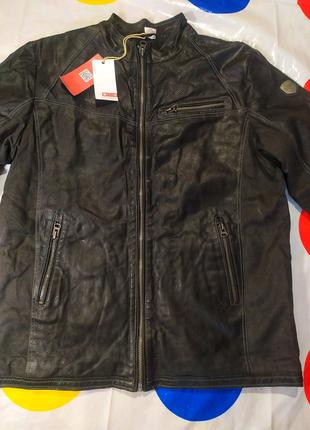 Мужская куртка. Новая. Куртка MUSTANG,56  размер
