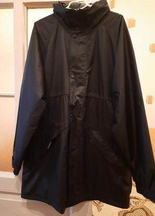 Мужская весенняя куртка отличного качества германия