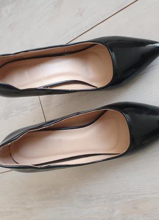 Туфли лакированая кожа