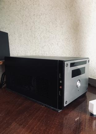 Компьютер (intel i3, 8gb RAM, ssd 256gb, hdd 500gb,Quadro 2000)