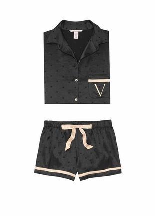 Пижама атласная с шортами