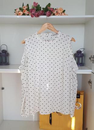 Нарядная блузка с вырезами на плечах george