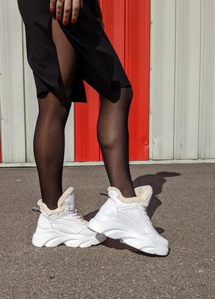 Женские зимние белые ботинки кроссовки