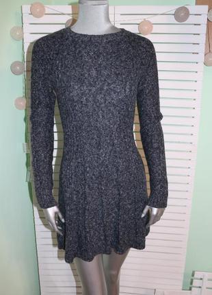 Теплое вязаное платье hollister