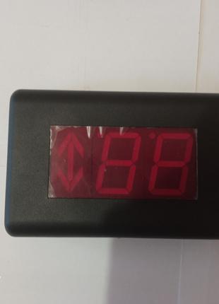 Индикатор положения и направления лифта
