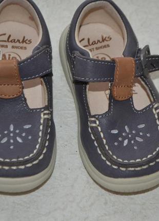 Сандалии  туфли clarks air  13 см 20 размер
