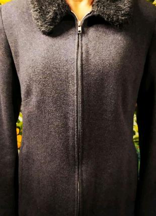 Стильное пальто женское! Состояние хорошее!
