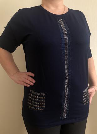 Блузы-футболки ТУРЦИЯ 52-56Р со стразами черные и синие