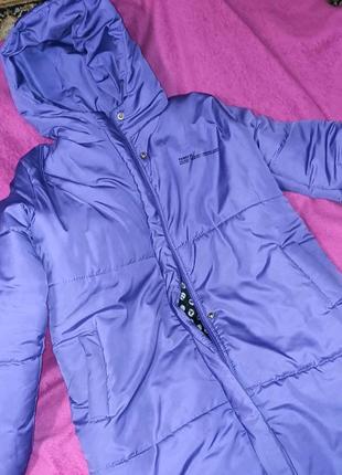 Жіноча  стильна весняна куртка.