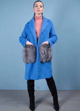 Пальто яркий хит - 2019 карманы - нат мех финской чернобурочки