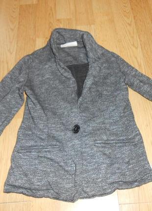Пиджак на девочку 5-6 лет