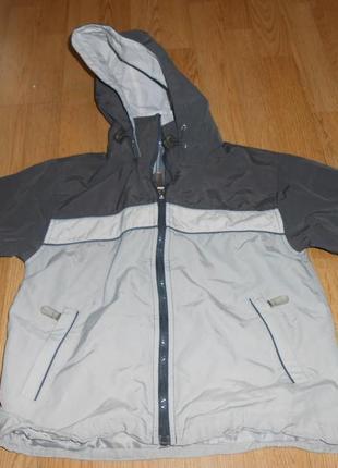 Куртка-ветровка на 5 лет