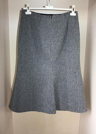 Теплая юбка-трапеция миди серая принт ёлочка шерсть marks & sp...