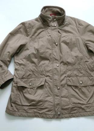 Куртка на весну размер 54-56