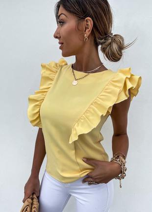 Стильная желтая блуза блузка с рюшами и открытой спиной