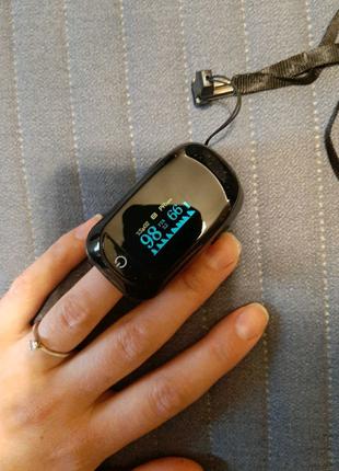 Пульсоксиметр с цветным дисплеем + батарейки