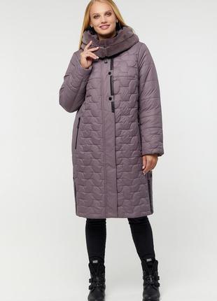Теплая зимняя лиловая куртка пуховик с искусственным мутоном б...