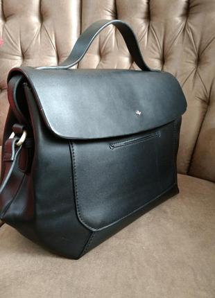 Превосходная деловая сумка nica