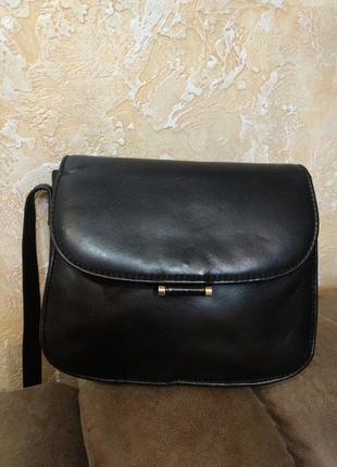 Компактная кожаная сумка на плечо