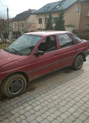 Форд ескорт 1991. Розборка