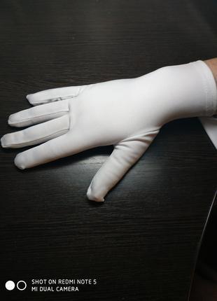 """Перчатки для демонстрации ювелирных изделий """"Конкорд Стюарт"""" белы"""