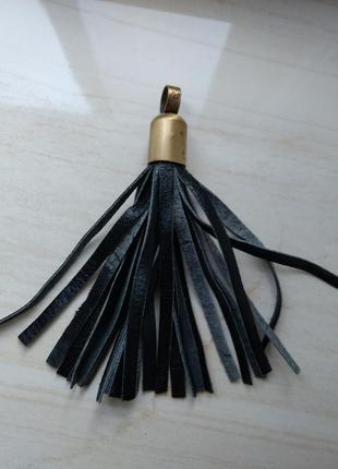 Кожаный брелок подвес на сумку