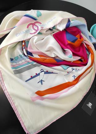 Восхитительный шёлковый платок шарф в стиле шанель