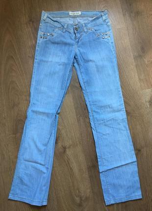 Голубые джинсы rexton в состоянии новых размер 28