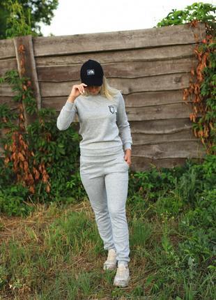 Женский костюм серый Ангора