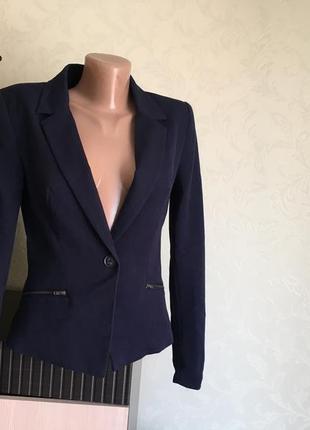 Темно-синий пиджак only размер s 36