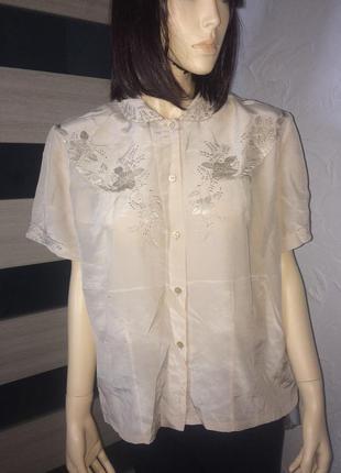 Нежнейшая легкая блузочка из натурального шелка вышивка гладью...