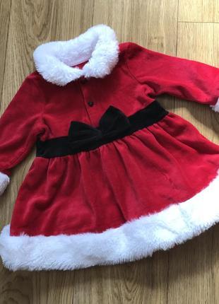Новогоднее бархатное красивое и уютное платье с мехом