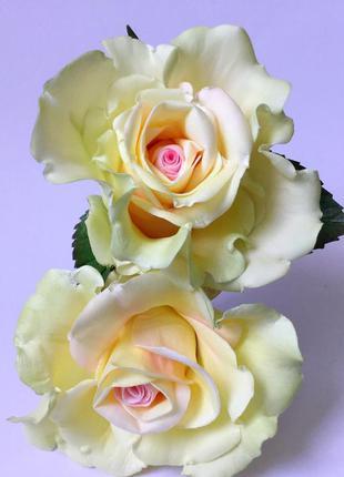 Шпильки для волос с розами