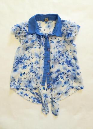 Красивая блузка, цветочный принт