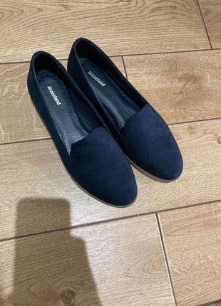 Женские замшевые туфли