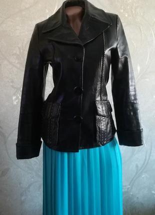 Классная натуральная качественная кожаная куртка bassanio, пид...