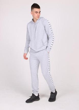 Серый спортивный костюм с лампасами adidas