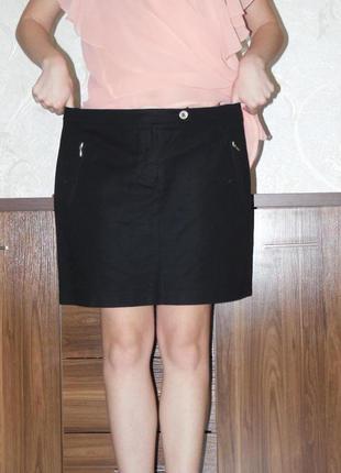 Молодежная короткая черная юбка