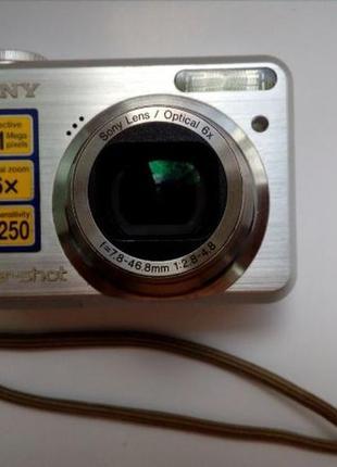 SONY фотоаппарат б/у требует ремонта (не закрывается объектив ...
