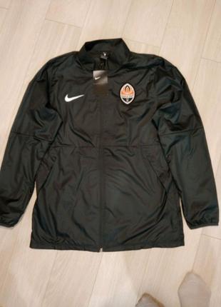 Продам срочно куртку новую Nike Original размер L 1000 грн
