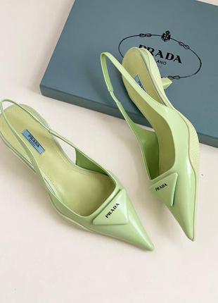 Фирменные женские туфли лодочки