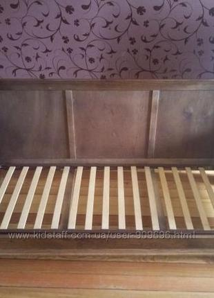 Деревянный каркас дивана с ламелями на металлической основе