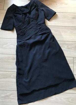 Вечернее темно - синее платье миди с рукавом