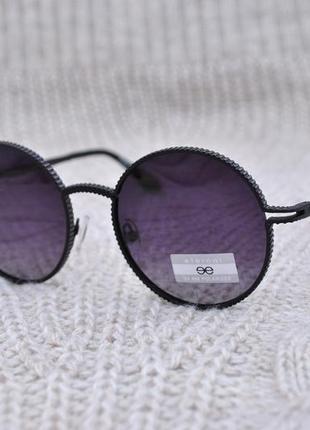 Фирменные солнцезащитные круглые градиентные очки eternal pola...