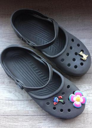 Шлёпанцы crocs 38