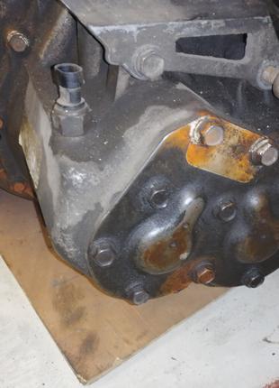 Коробка передач механика Chrysler Stratus все передачи не выбиваю