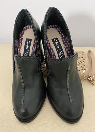 Туфли Clarks 35 размер, 22 см Кожа б/у в отличном состоянии
