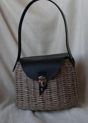 Плетеная сумка с кожаной отделкой