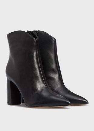 Arezzo женские черные кожаные ботильоны