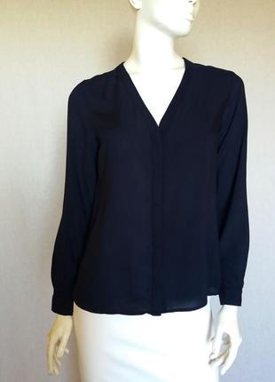 Стильная вискозная блузка с длинным рукавом